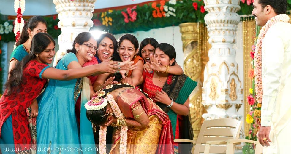 Pradeep & Pavithra - wedding portrait photographers - Aishwarya Photos & Videos