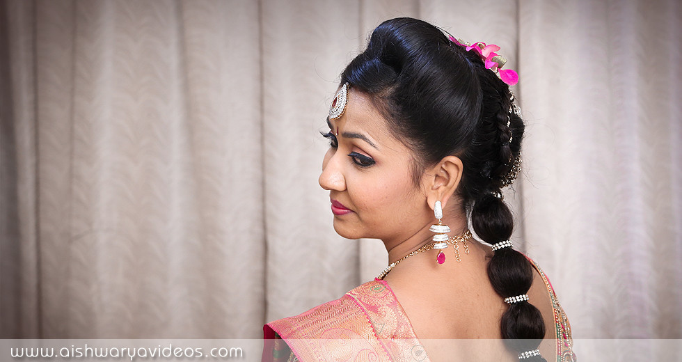 Vivek & Nandhini - candid wedding photographer - Aishwarya Photos & Videos
