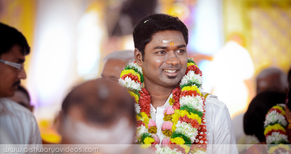 Vivek & Nandhini - wedding portrait photographers - Aishwarya Photos & Videos