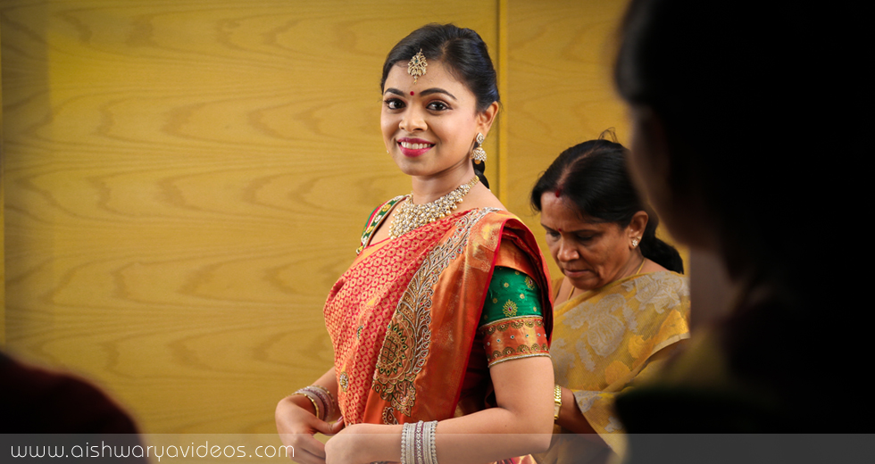 Sundeep & Dhivya - candid wedding photographer - Aishwarya Photos & Videos