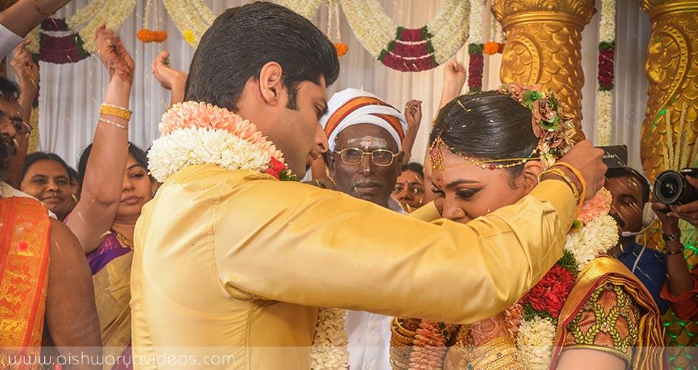 Sundeep & Dhivya - wedding photography professional - Aishwarya Photos & Videos