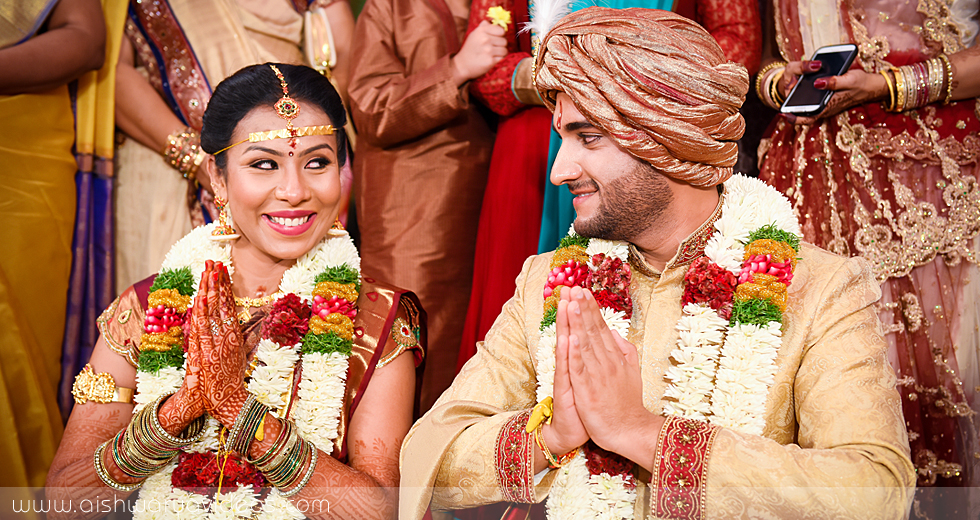Pinak & Yuva - candid wedding photographer - Aishwarya Photos & Videos