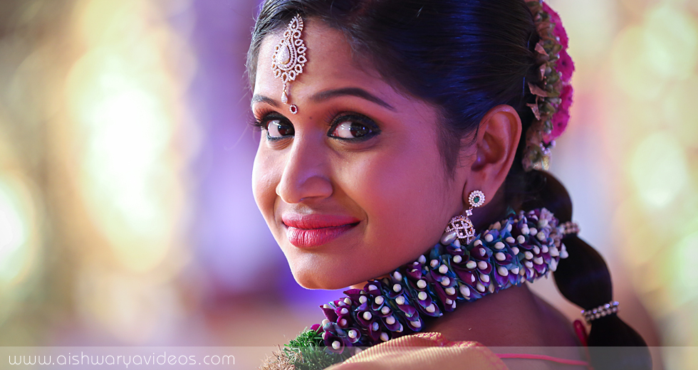 Balamurugan & Kaavyaa - wedding portrait photographers - Aishwarya Photos & Videos