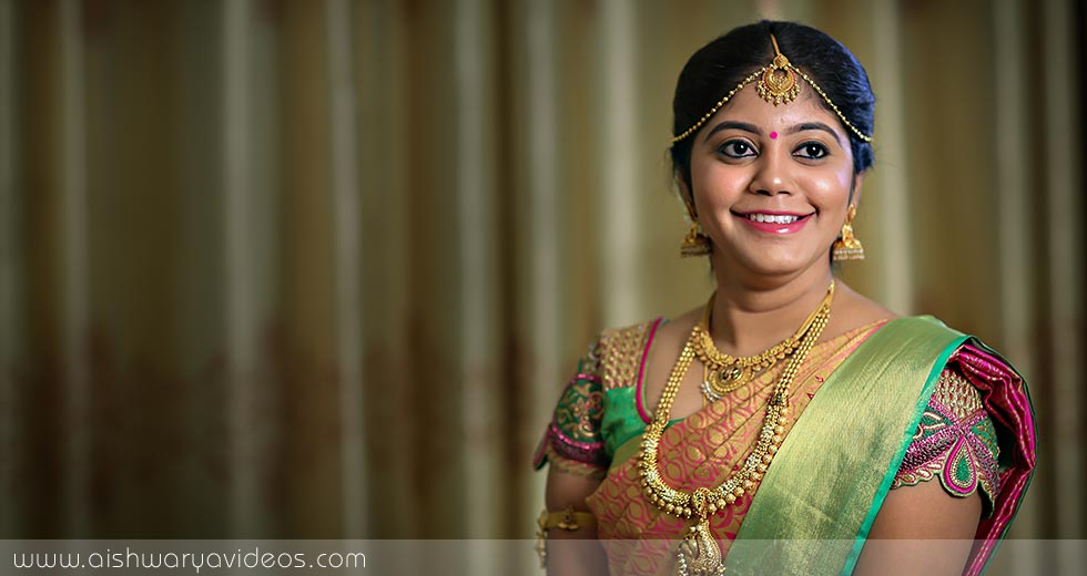 Vinod & Suhashini - candid wedding photographer - Aishwarya Photos & Videos