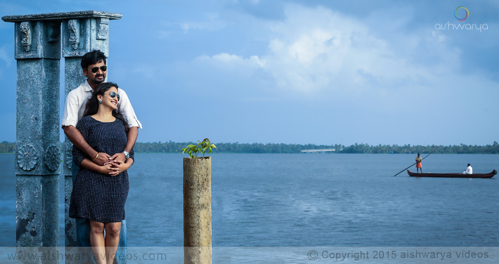 Vishnu & Sowmya - wedding photography professional - Aishwarya Photos & Videos