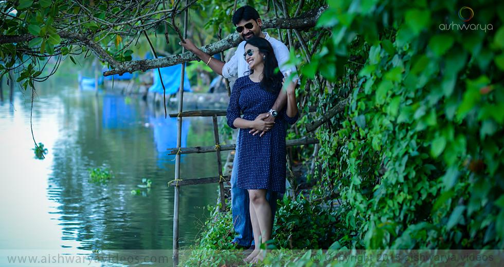 Vishnu & Sowmya - professional marriage photographer - Aishwarya Photos & Videos