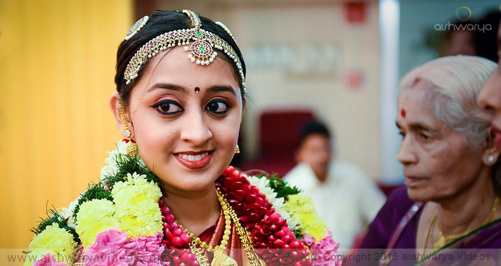 Rajagopal & Nivedha - professional marriage photographer - Aishwarya Photos & Videos