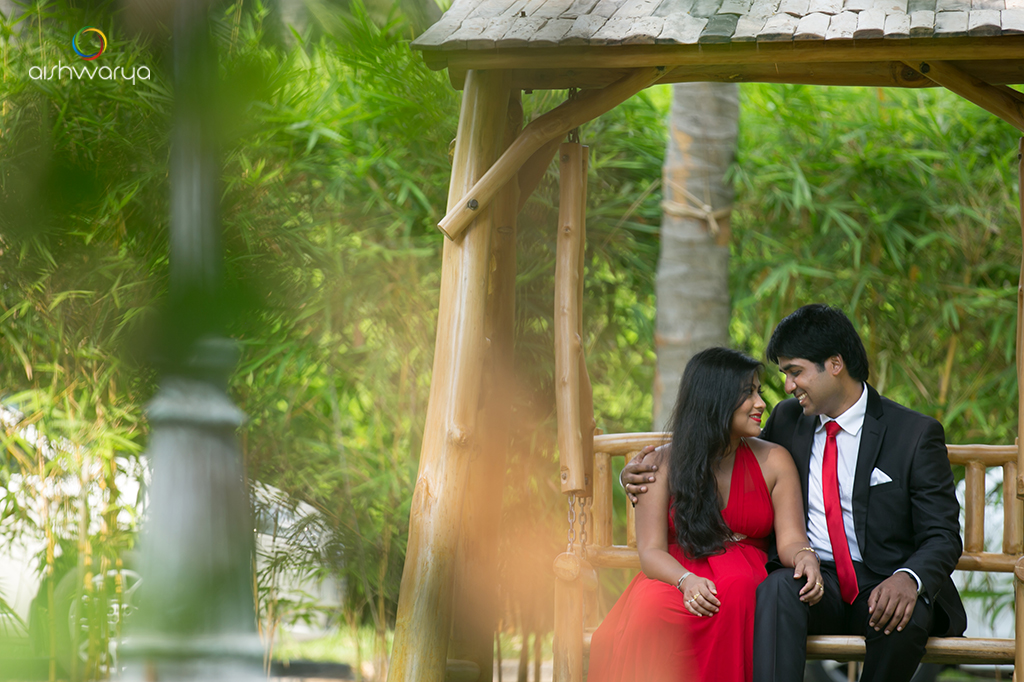 Outdoor Shoot at Pollachi {Arun & Pooja}